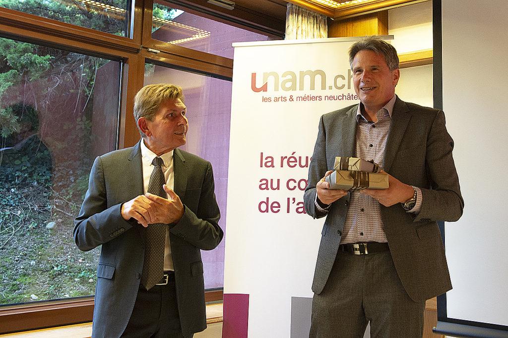 UNAM_AG_2021-105