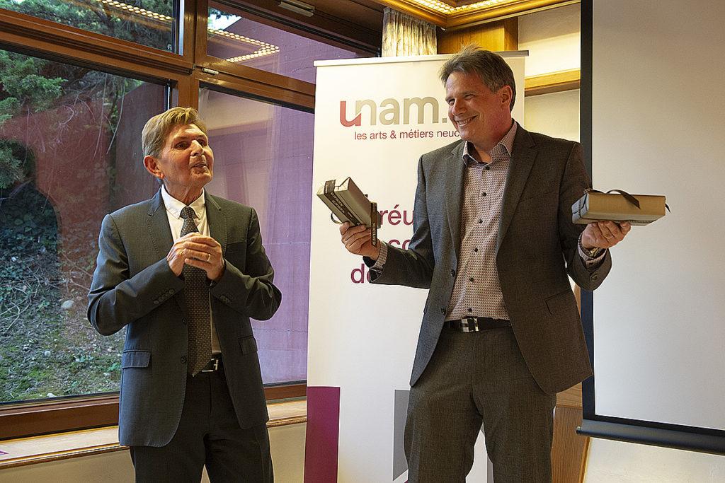 UNAM_AG_2021-108
